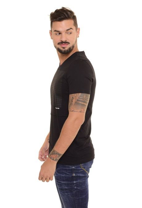 Camiseta-QUEST-Slim-Fit-QUE112170147-Negro-2