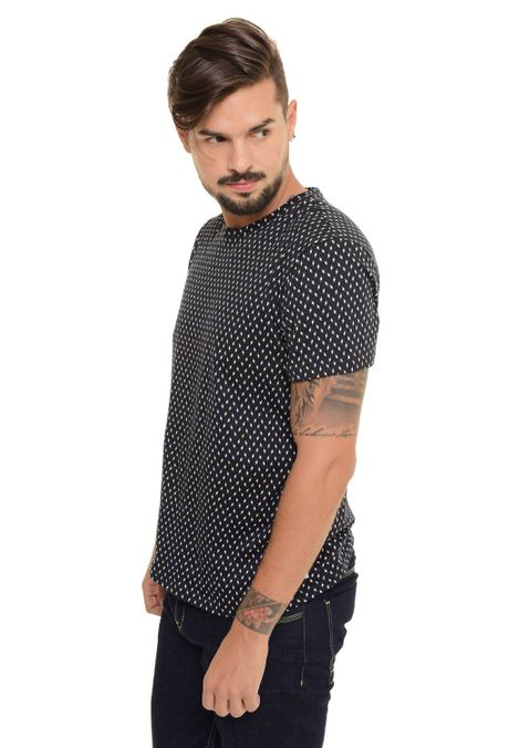 Camiseta-QUEST-Slim-Fit-QUE163170040-Negro-2