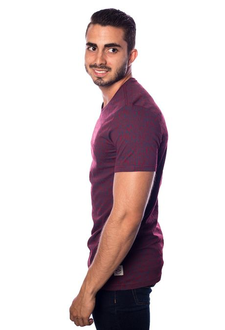 Camiseta-QUEST-Slim-Fit-QUE163170063-12-Rojo-2