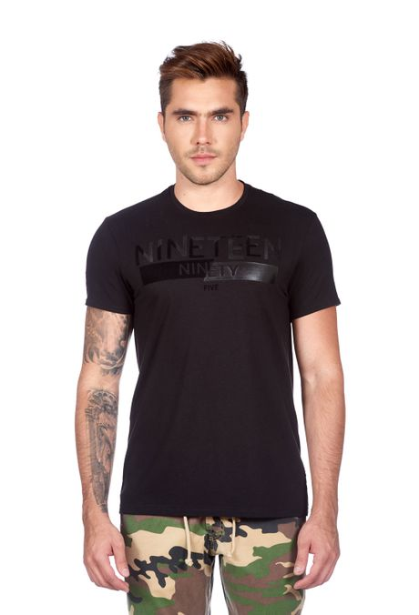 Camiseta-QUEST-Slim-Fit-QUE112180088-19-Negro-1