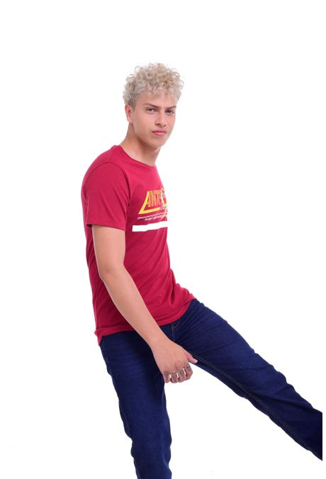 Camiseta-QUEST-Slim-Fit-QUE163BS0114-37-Vino-Tinto-2