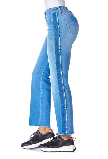 Jean-QUEST-Straight-Fit-QUE210190041-9-Azul-Claro-2