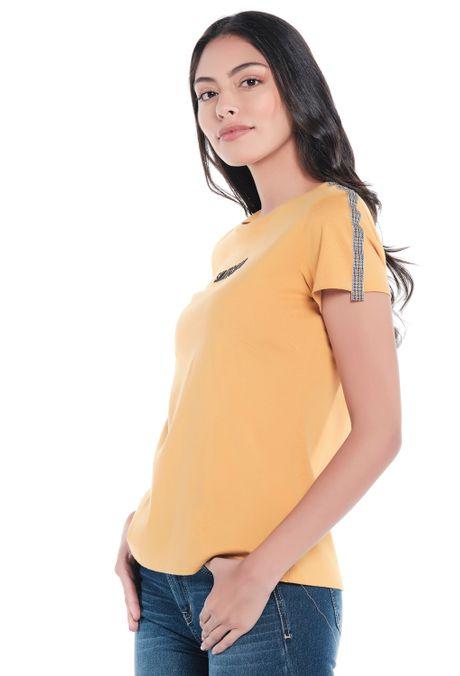 Camiseta-QUEST-Custom-Fit-QUE212190002-50-Mostaza-2